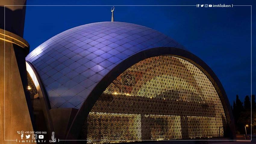 مسجد شاكرين في إسطنبول: درّة تصاميم المساجد العصرية