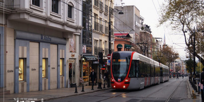 What do you know about the New Istanbul Tram Line between Esenler and Davutpasa?