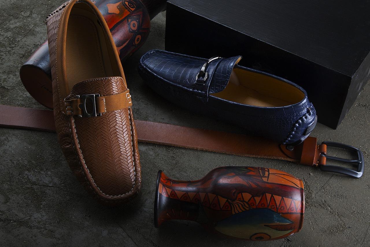 953392a4d كما أشار إلى أن الأحذية نالت حصة الأسد من صادرات الجلود التركية إلى روسيا، مسجلة  91 مليون و707 آلاف دولار.
