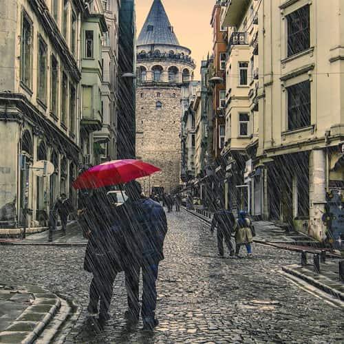 المعيشة في إسطنبول