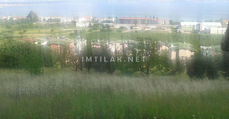 Terrain de 60 acres à vendre à Yalova